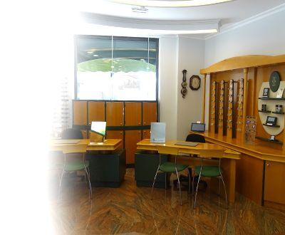 Óptica Goen - interior tienda